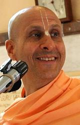 Нажмите на изображение для увеличения.  Название:Srila Radhanatha Swami 04 chico.jpg Просмотров:36 Размер:35.6 Кб ID:1971