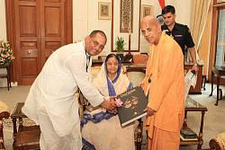 Нажмите на изображение для увеличения.  Название:gkg president india2.jpg Просмотров:44 Размер:54.1 Кб ID:3977