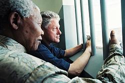 Нажмите на изображение для увеличения.  Название:Juhan_Kuus_JKFoundation_Clinton_Mandela.jpg Просмотров:0 Размер:35.4 Кб ID:17670